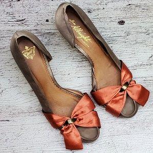 Miss Albright D'Orssay bow heels